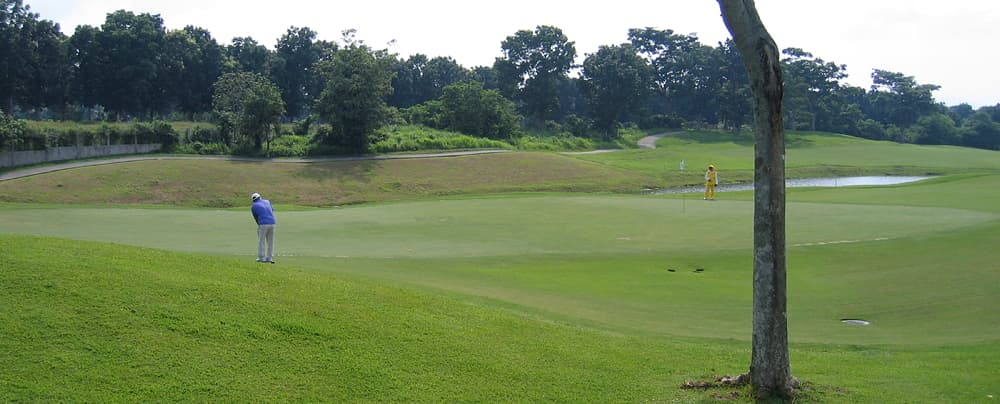 Play Golf based in Clark and Angeles in the Philippines