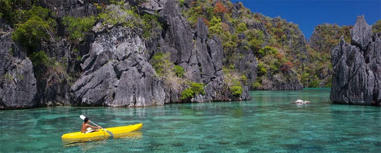 Enjoy a Holiday Kayaking in El Nido, Palawan, Philippines